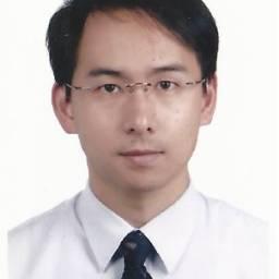 游谷樺 講師